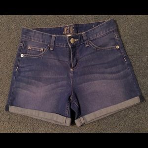 Justice blue jean shorts. Size 16